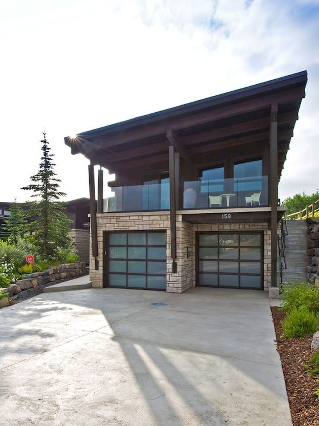 Cute Home Garage Design Ideas For Your Minimalist Home35