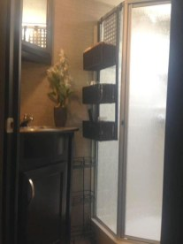 Fascinating Rv Remodel Ideas For Bathroom On A Budget13