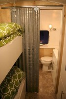 Fascinating Rv Remodel Ideas For Bathroom On A Budget14