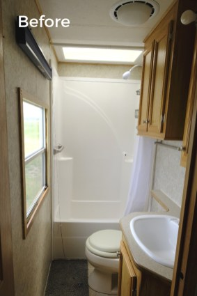 Fascinating Rv Remodel Ideas For Bathroom On A Budget35