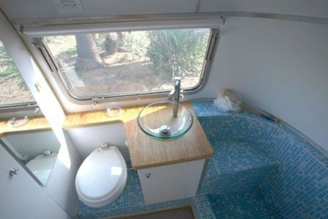 Fascinating Rv Remodel Ideas For Bathroom On A Budget42