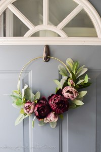 Pretty Front Door Wreath Ideas02