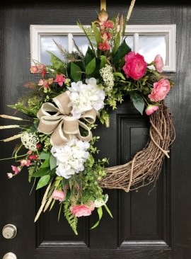 Pretty Front Door Wreath Ideas16