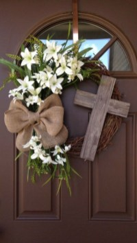 Pretty Front Door Wreath Ideas24