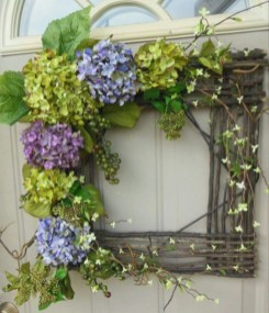 Pretty Front Door Wreath Ideas27
