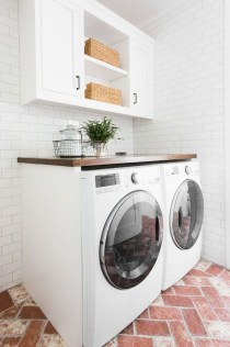 Relaxing Laundry Room Layout Ideas19