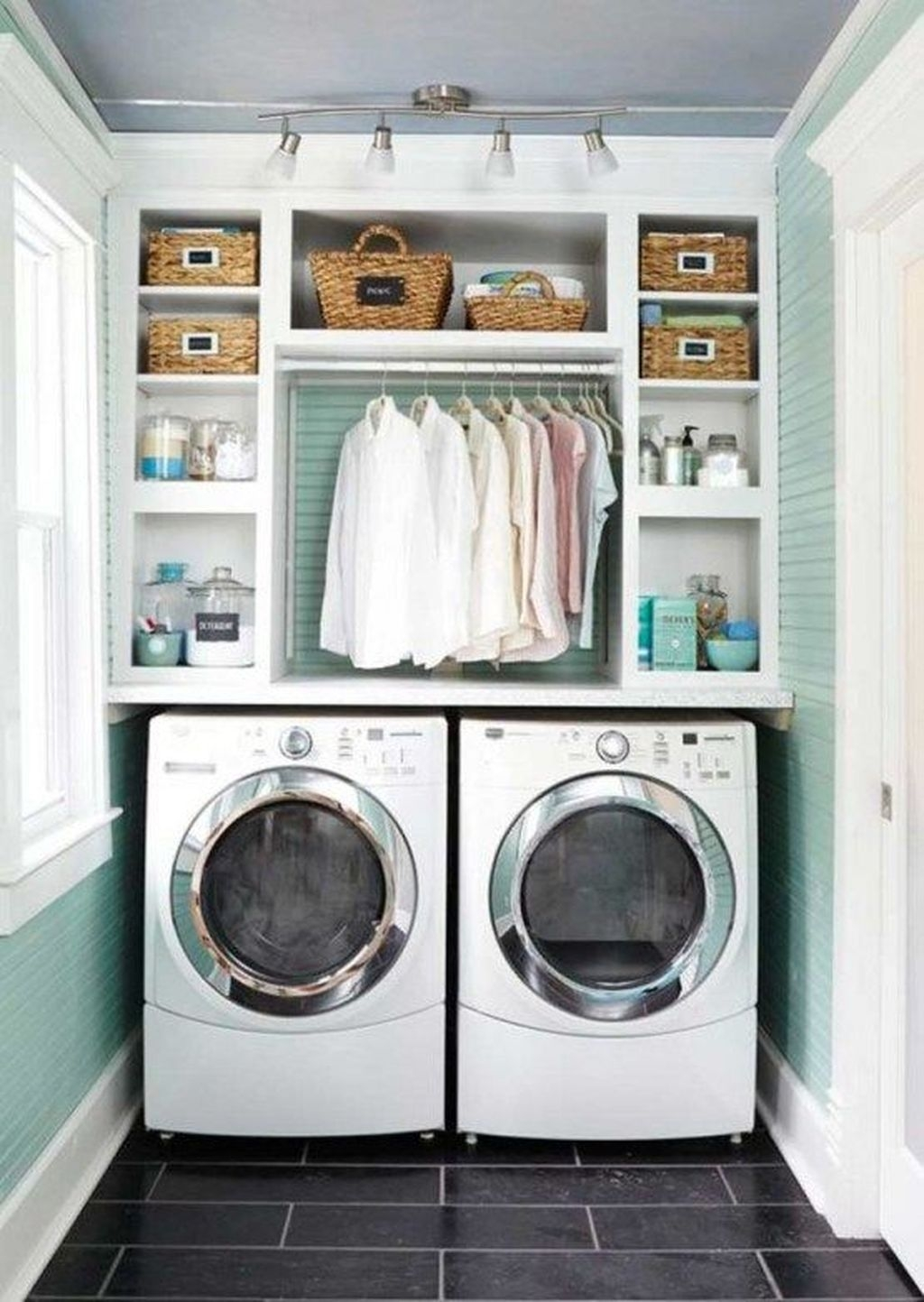 Relaxing Laundry Room Layout Ideas27