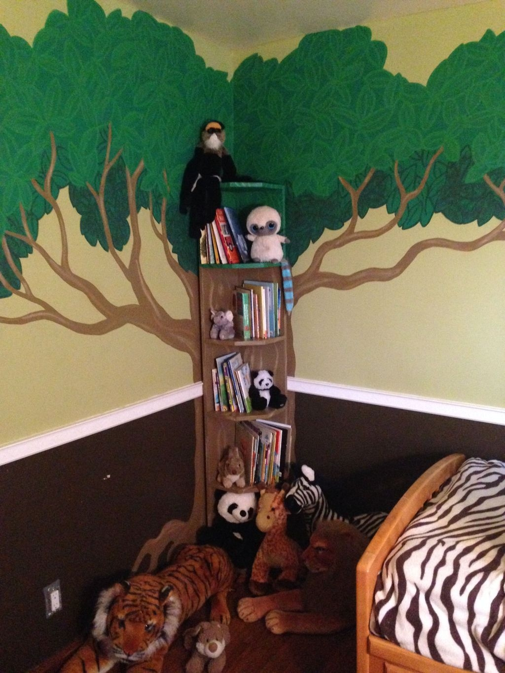 Charming Kids Bedroom Ideas With Jungle Theme To Try38