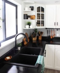 Elegant Black Kitchen Design Ideas You Need To Try21