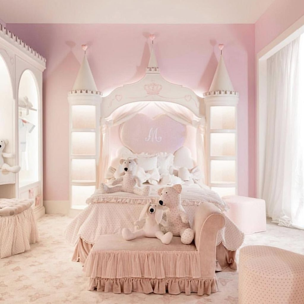 Pretty Princess Bedroom Design And Decor Ideas For Your Lovely Girl09