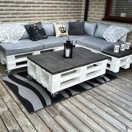 Simple Diy Pallet Furniture Ideas To Inspire You02
