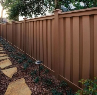 Smart Backyard Fence And Garden Design Ideas For Your Garden04