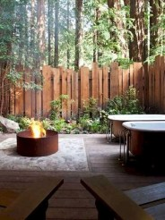 Smart Backyard Fence And Garden Design Ideas For Your Garden11