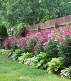 Smart Backyard Fence And Garden Design Ideas For Your Garden39