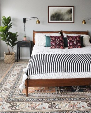 Awesome Bedroom Rug Ideas To Try Asap26