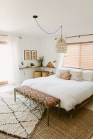 Awesome Bedroom Rug Ideas To Try Asap29