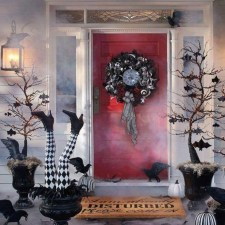 Awesome Scary Halloween Porch Ideas To Try Today01