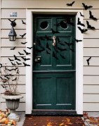 Awesome Scary Halloween Porch Ideas To Try Today24