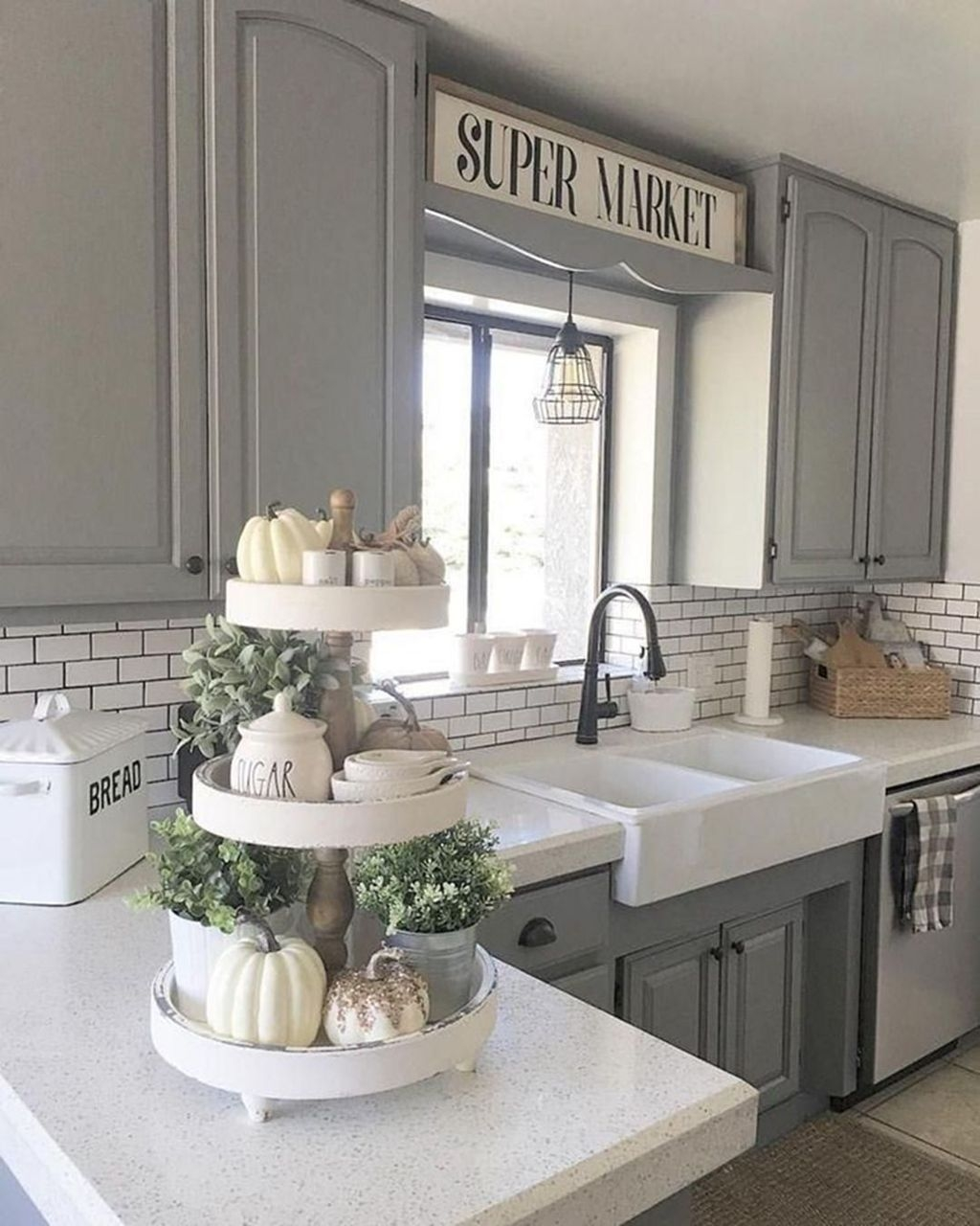 Beautiful Farmhouse Kitchen Décor And Remodel Ideas For You24