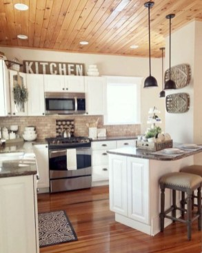 Beautiful Farmhouse Kitchen Décor And Remodel Ideas For You25