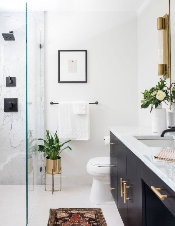 Best Master Bathroom Decor Ideas To Try Asap46