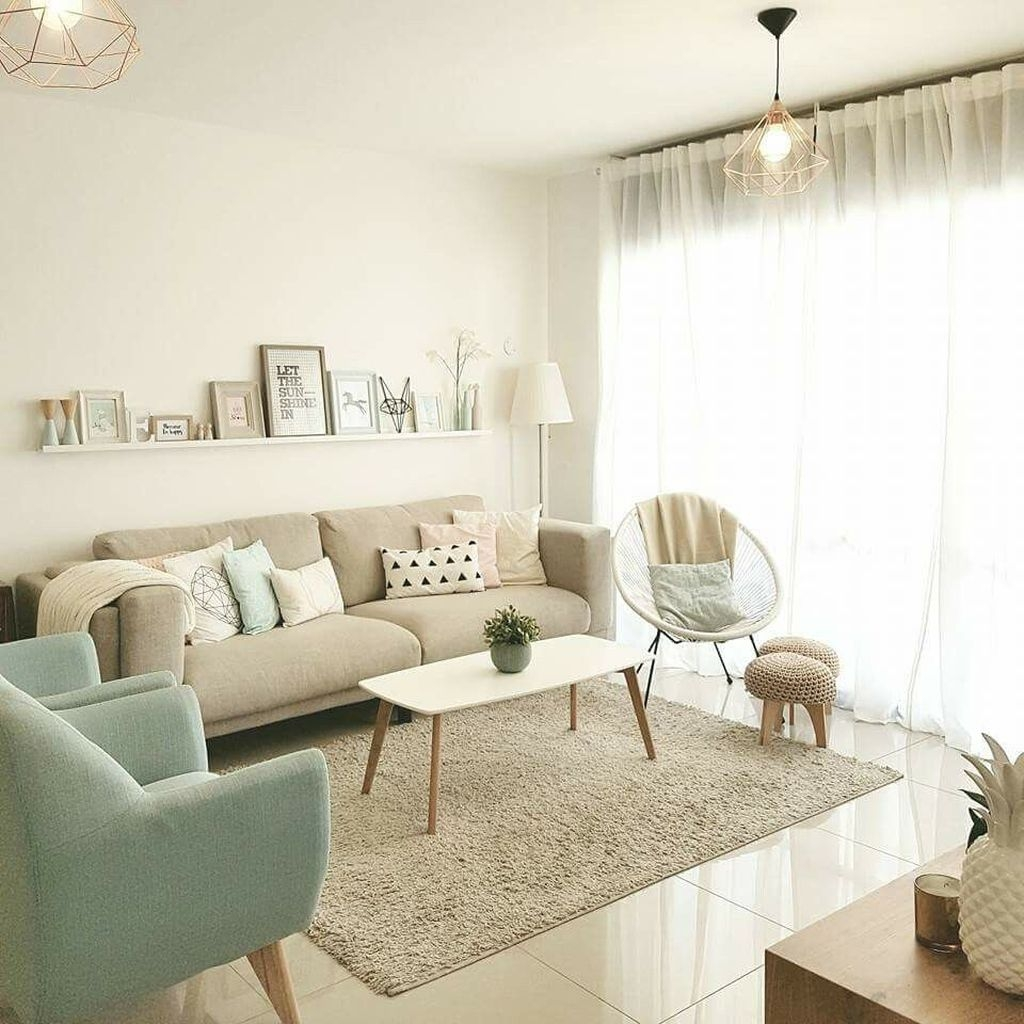 Comfy Living Room Decor Ideas To Make Anyone Feel Right At Home27