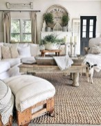 Cool Farmhouse Living Room Decor Ideas You Must Have03