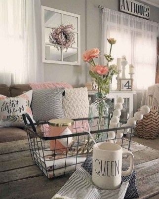 Cool Farmhouse Living Room Decor Ideas You Must Have37