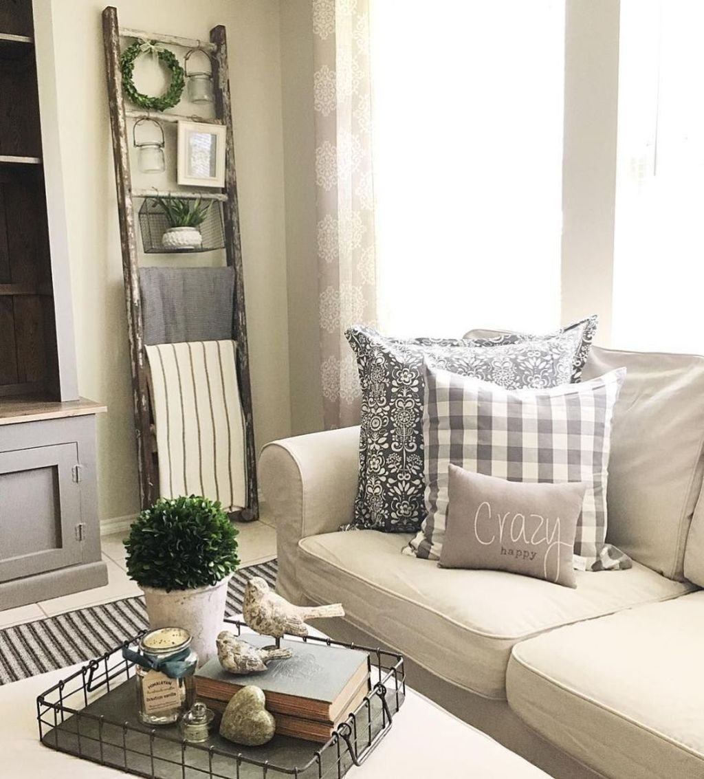 Gorgeous Country Farmhouse Decor Ideas For Living Room17