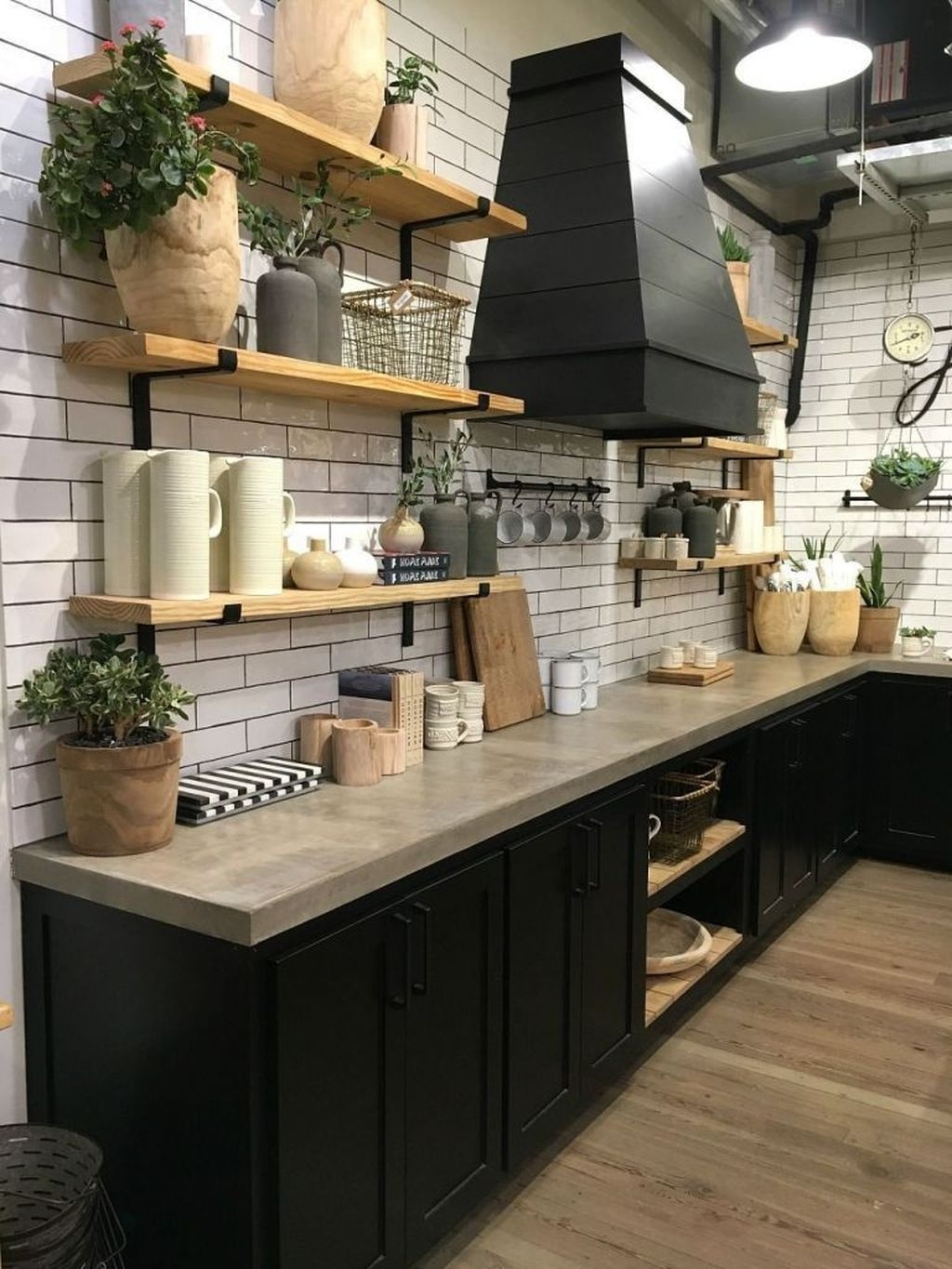 Incredible Black And White Kitchen Ideas To Try08