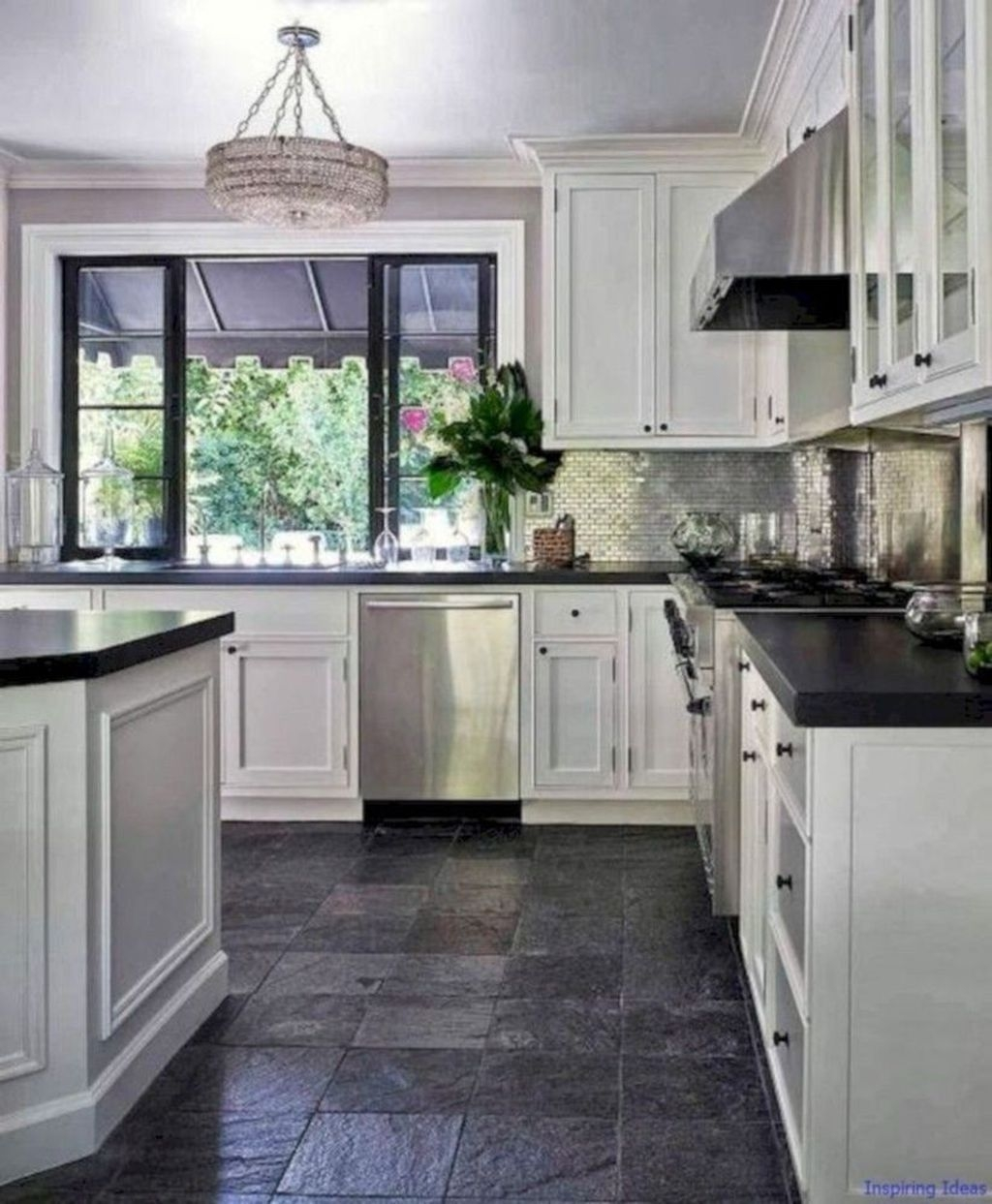 Incredible Black And White Kitchen Ideas To Try29
