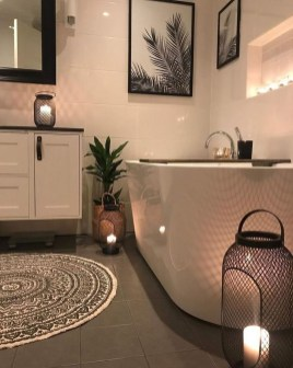 Latest Bathroom Decor Ideas That Match With Your Home Design07