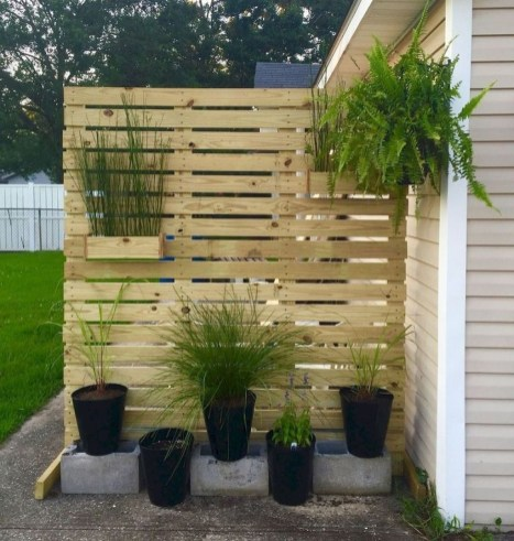 Pretty Privacy Fence Planter Boxes Ideas To Try02