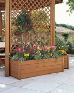 Pretty Privacy Fence Planter Boxes Ideas To Try04