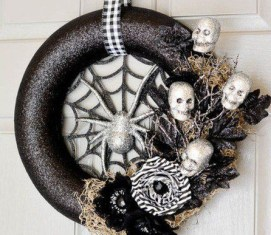Stunning Diy Halloween Wreaths Design Ideas That Looks Cool02
