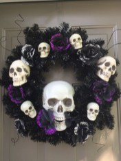 Stunning Diy Halloween Wreaths Design Ideas That Looks Cool03
