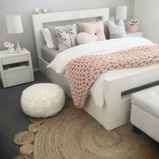 Stylish Bedroom Design Ideas For You To Apply In Your Home12