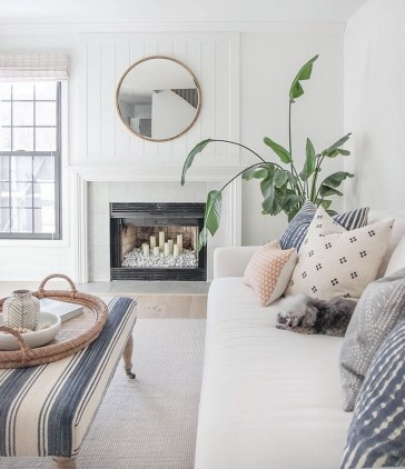 Wonderful Neutral Living Room Design Ideas To Try23