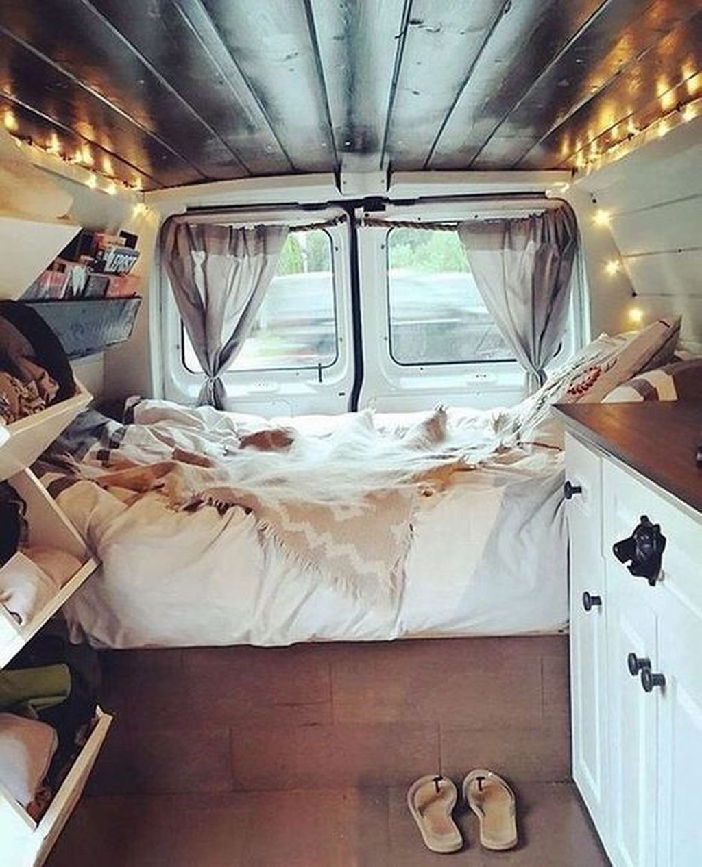 Wonderful Rv Modifications Ideas For Your Street Style08