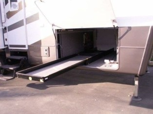 Wonderful Rv Modifications Ideas For Your Street Style33