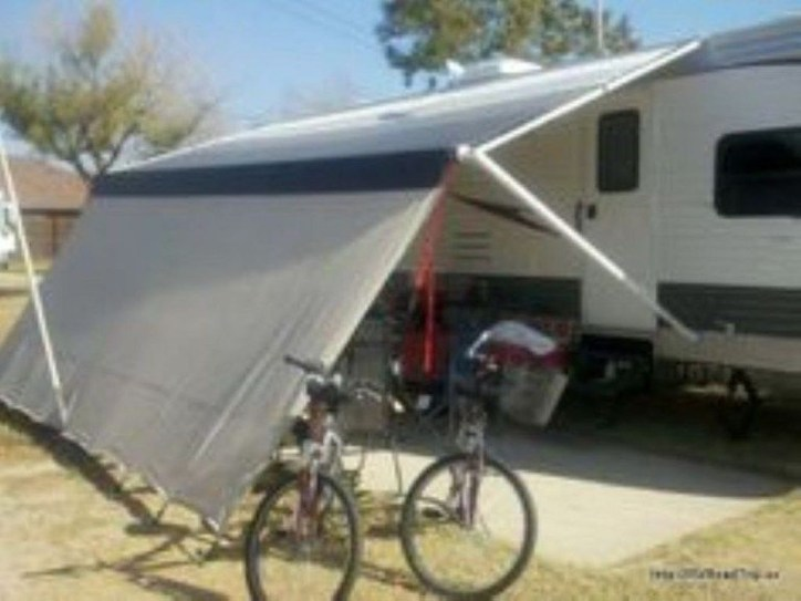 Wonderful Rv Modifications Ideas For Your Street Style35