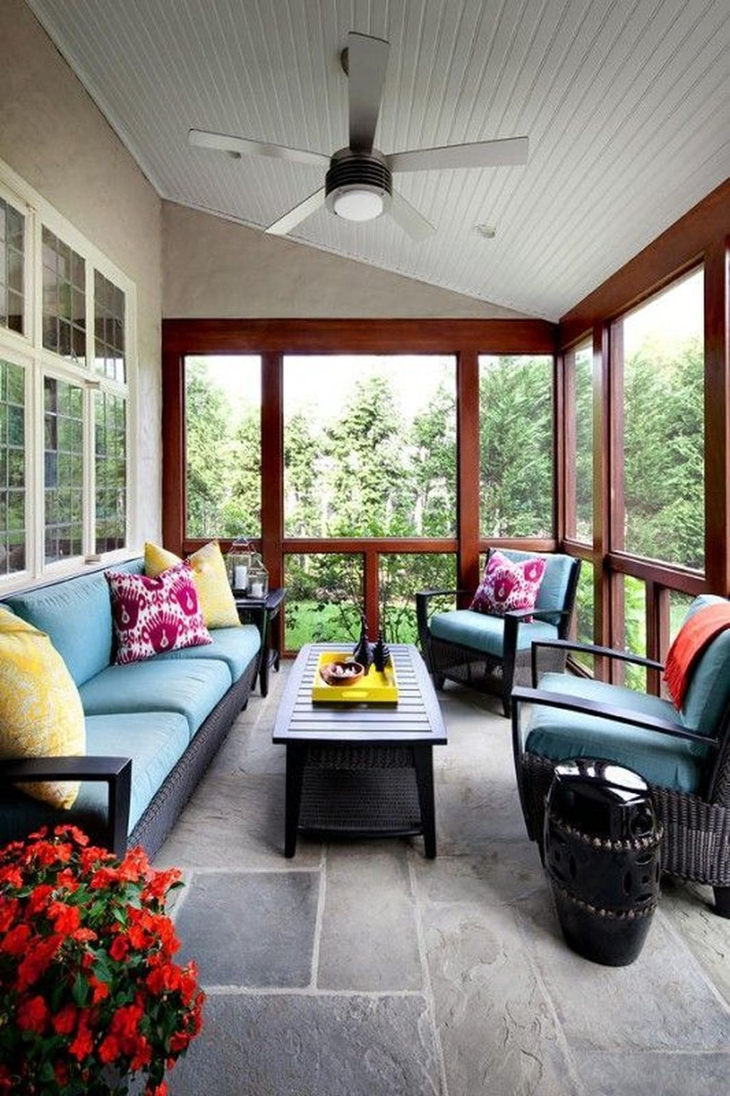Brilliant Closed Balcony Design Ideas To Enjoy In All Weather Conditions03