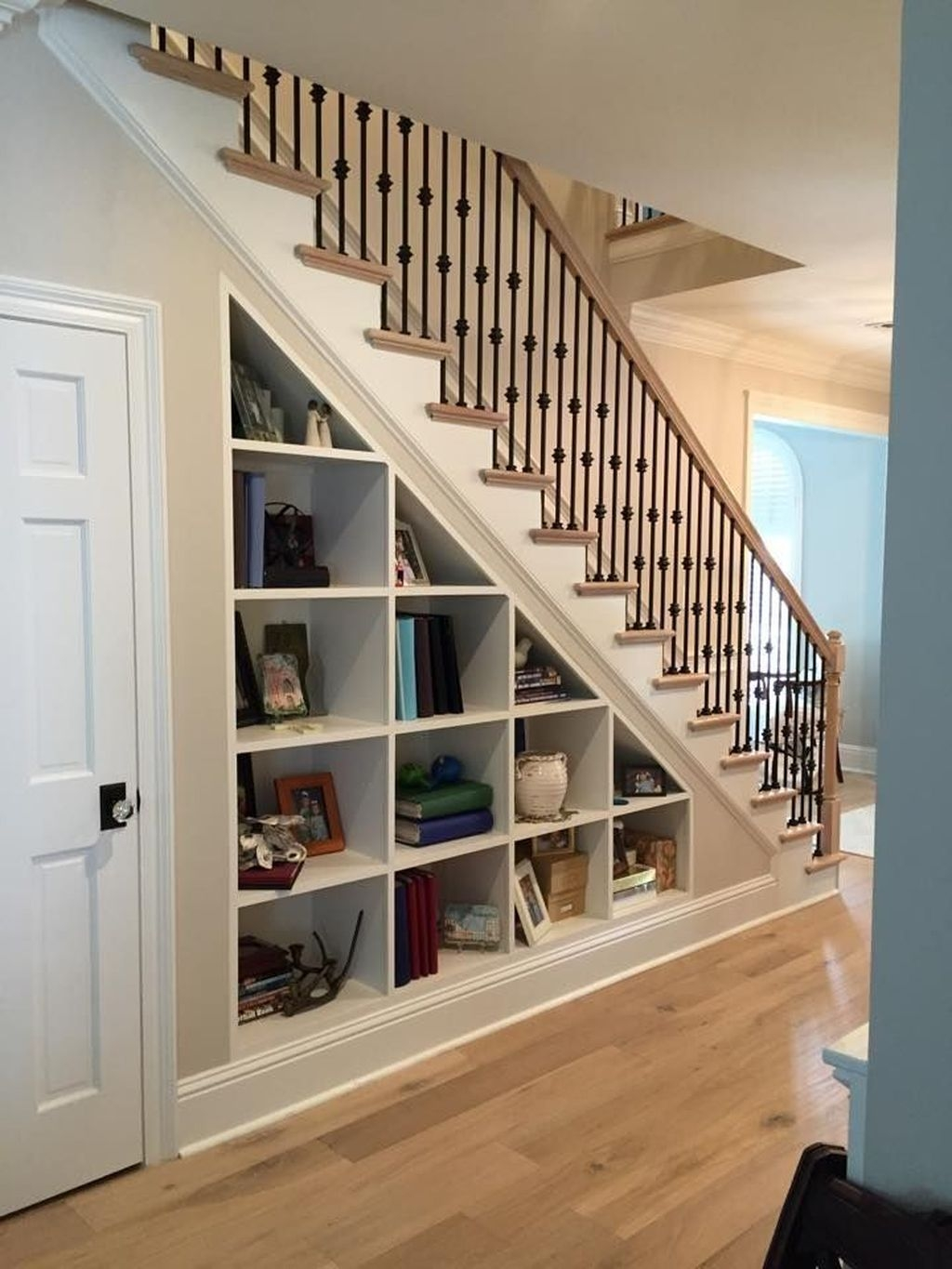 Catchy Remodel Storage Stairs Design Ideas To Try02