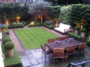 Chic Small Courtyard Garden Design Ideas For You36