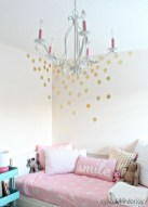 Cute Chandeliers Decoration Ideas For Your Bedroom02