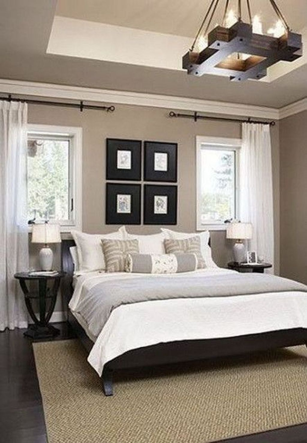 Cute Chandeliers Decoration Ideas For Your Bedroom07
