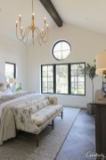 Cute Chandeliers Decoration Ideas For Your Bedroom17