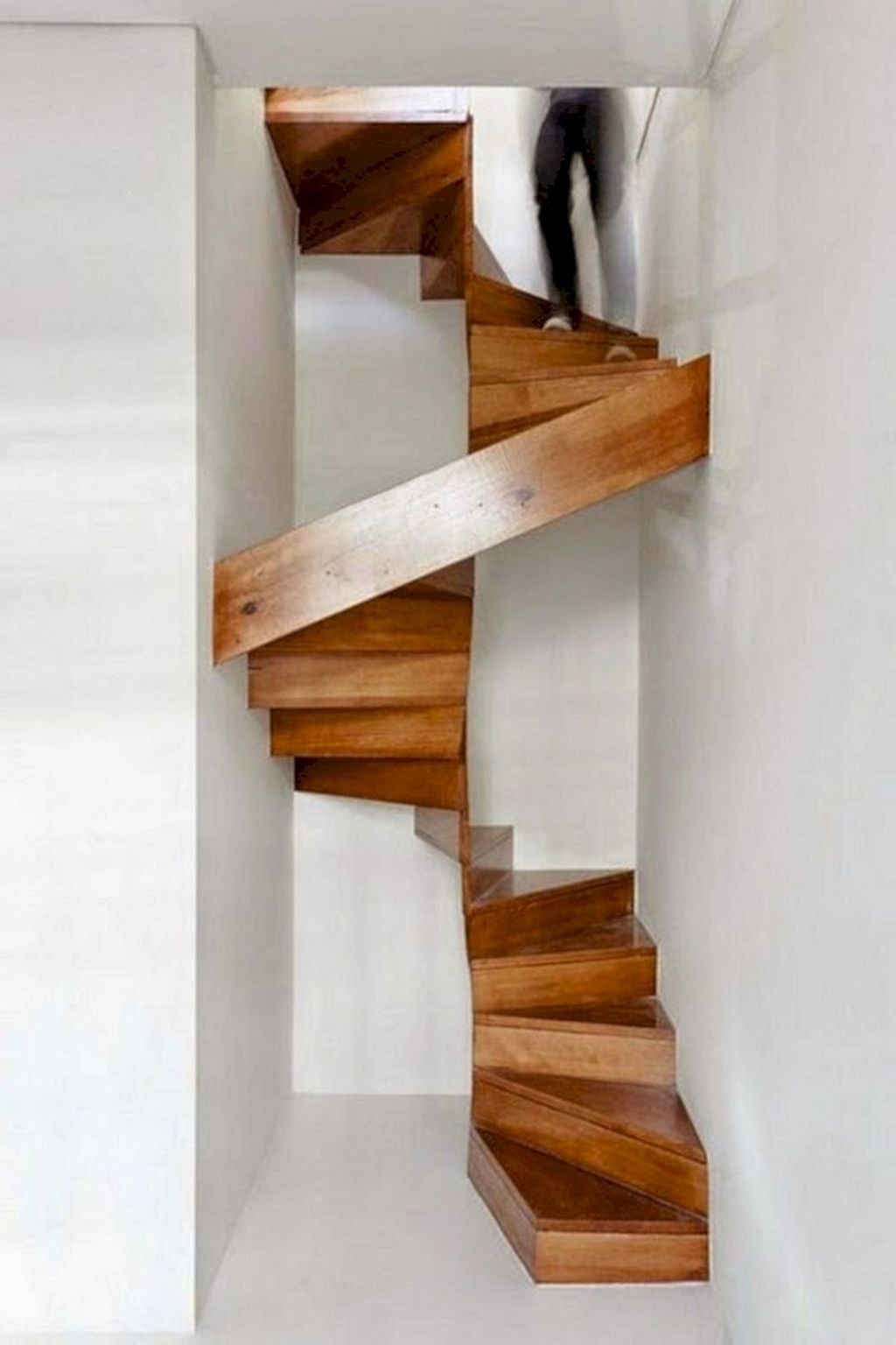 Incredible Stairs Design Ideas For The Attic To Try35