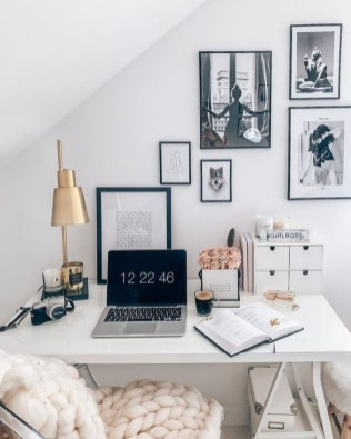 Perfect Home Office Designs Ideas You Must Know26