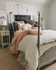 Vintage Bedroom Wall Decals Design Ideas To Try31